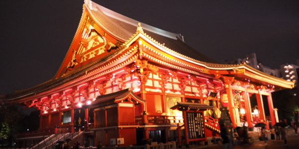 パパ活アプリで出会った人とデートで便利な浅草寺