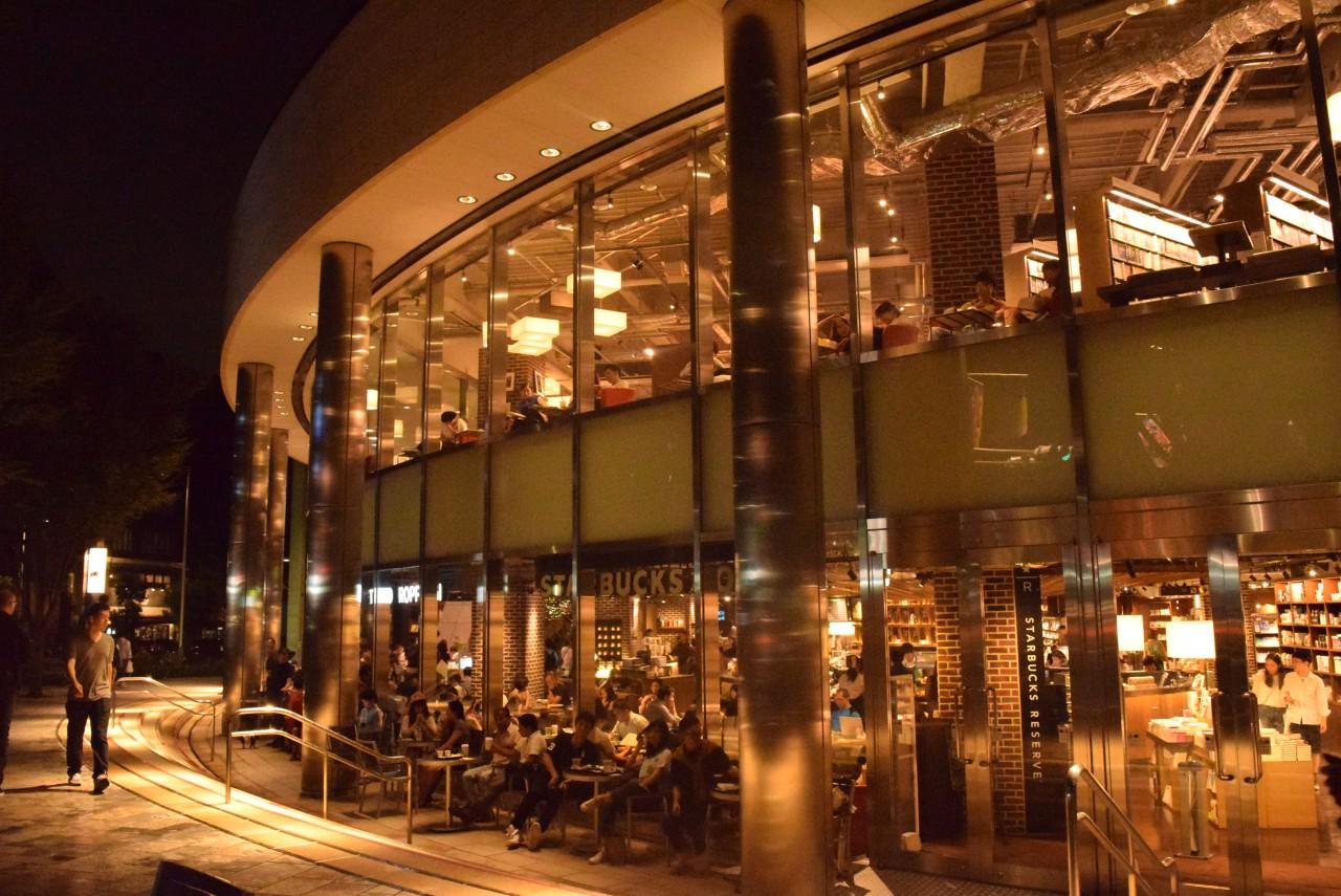 パパ活アプリ顔合わせで使えるスターバックス・コーヒー TSUTAYA TOKYO ROPPONGI店1