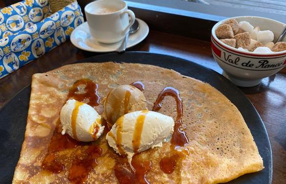パパ活アプリで使えるブレッツ カフェ クレープリー 新宿タカシマヤ店3