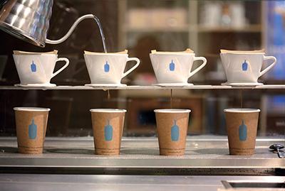 パパ活アプリ顔合わせで使えるBLUE BOTTLE COFFEE 六本木カフェ3