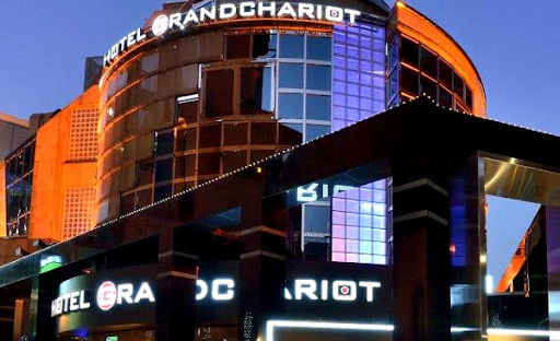 パパ活アプリで使えるGRAND-CHARIOT1
